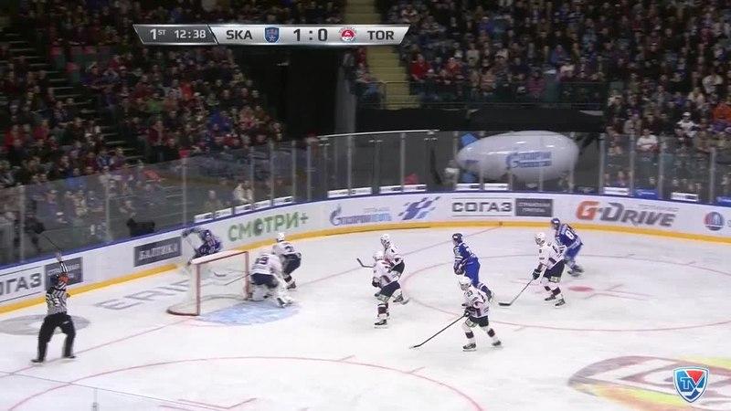 Моменты из матчей КХЛ сезона 1415 • Гол. 20. Артемий Панарин (СКА) сходу приложился в одно касание от синей линии 09.01