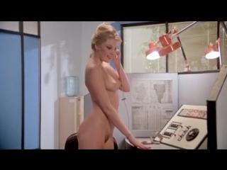 Молодые любят погорячее / Young Like It Hot (1983)