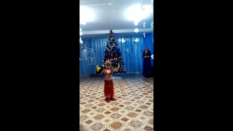 танец восточной красавицы