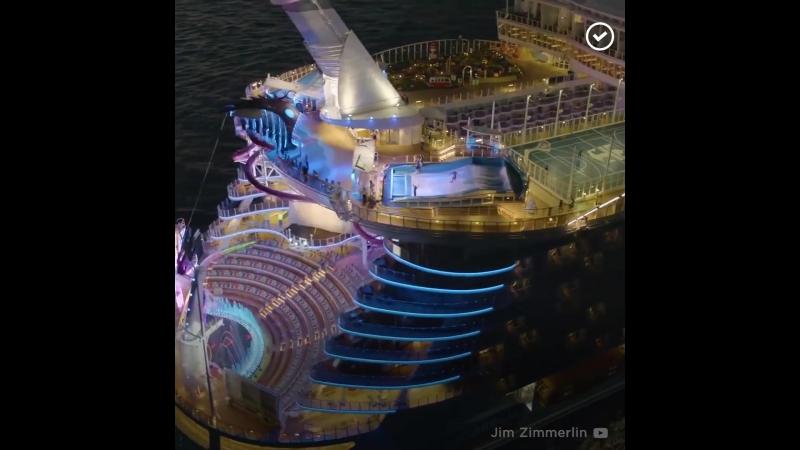 Самый большой в мире круизный лайнер Seas 1080p