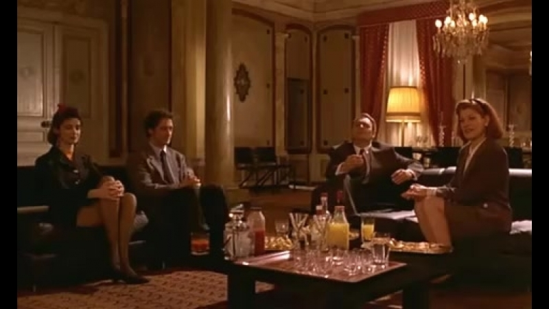 Extrait du film La Crise Les Bobos de la gauche caviar ne vont pas apprécier ah ah