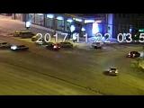 Толпа выбила двери в ночном клубе на улице Ленина