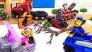 Игрушки Щенячий Патруль - Гонки машинок - Авария на дороге
