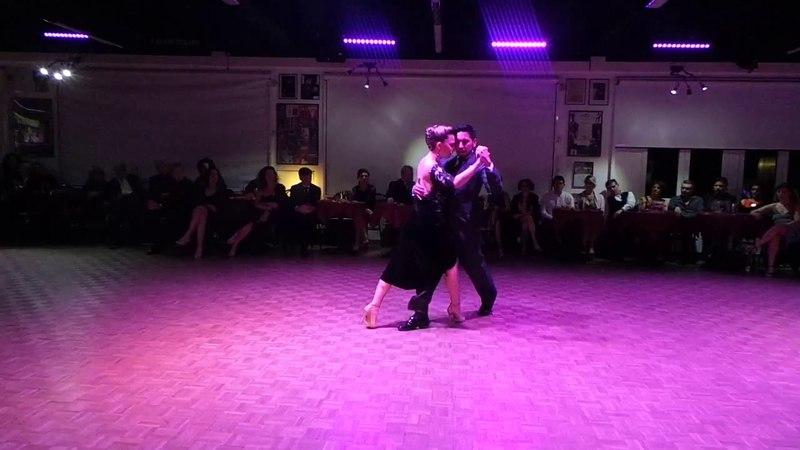 Jose Luis Salvo y Carla Rossi en Zotto Tango Academy