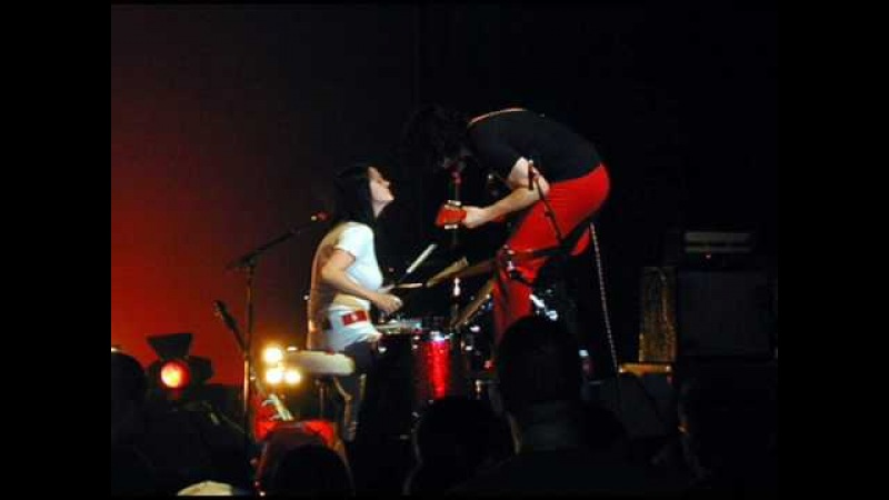 The White Stripes - You've Got Her In Your Pocket (Live)