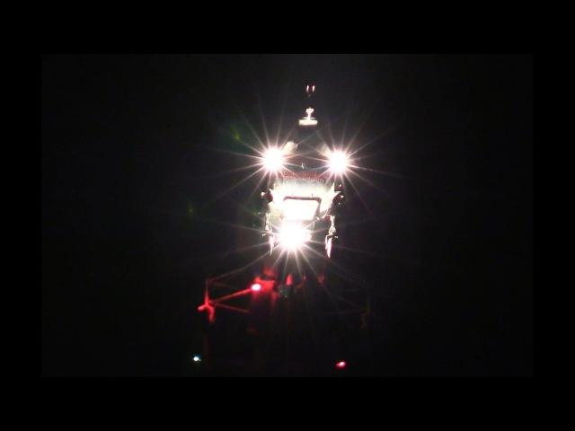 Три вертолета Ка-32А тушат большой пожар в ТЦ Синдика 65 км. МКАД - 1 часть