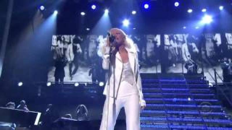 Christina Aguilera it's a man's world, James Brown tribute (The night Christina became a LEGEND)