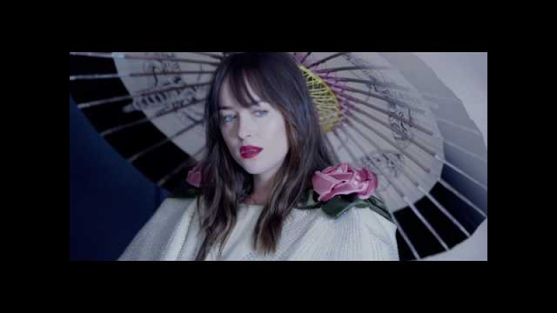 Dakota en portada de Vogue octubre