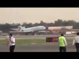 Аварийная посадка самолета