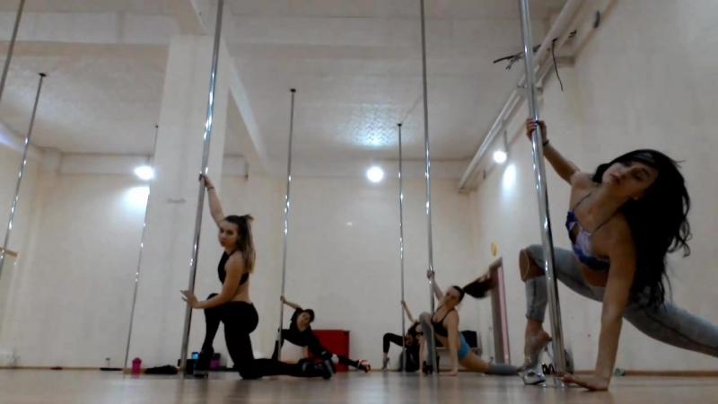 Masha Lu - Exotic old school workshop