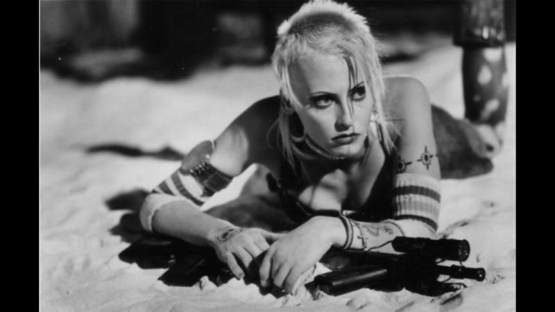 Танкистка Tank Girl (1995)