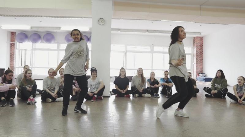 Мастер-класс Юлии Одаренко и Леры Колесниковой танцевальная студия