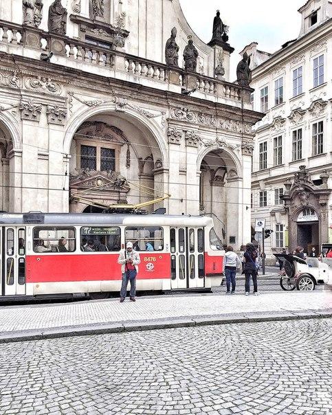 🌿Готовимся к весне заранее: авиабилеты в Прагу за 9100 рублей туда-обратно из Москвы