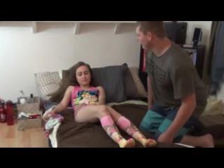 Отец оттрахал 15 летнюю дочку порно видео инцест hd 720