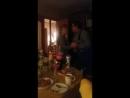 танцуют бабушка с дедушкой