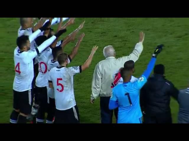 Joinville 0 x 2 Vasco A torcida canta parabéns para Eurico Miranda e ele puxa o Casaca