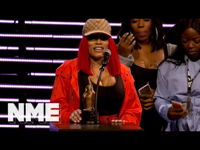 Stefflon Don wins Best New Artist supported by Vans | VO5 NME Awards 2018
