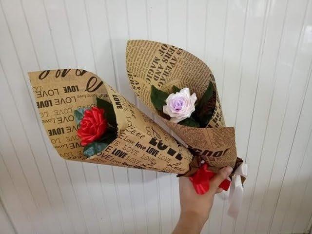 Thanh Thảo_DIY - Hướng dẫn bó hoa đơn giản từ giấy báo