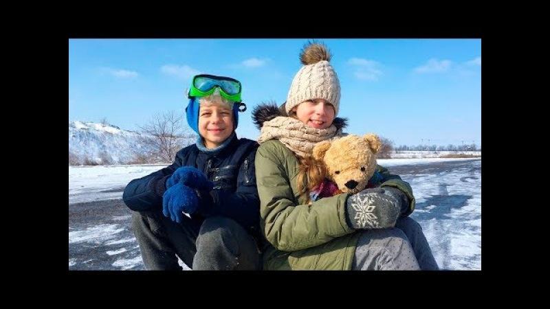 Экстрим на санках 2 Маша вылетела Снег в Одессе Форсим по улицам с ilmar 0507