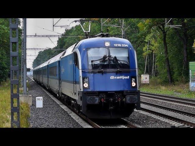 Vlaky ČD railjet ve stanici Praha-Klánovice