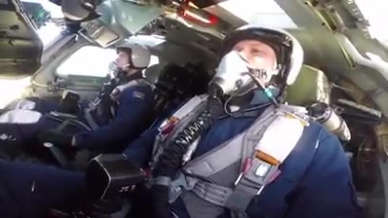 Учение по дозаправке в воздухе с экипажами стратегических бомбардировщиков Ту-160