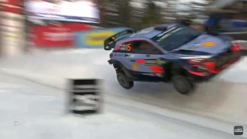 Сумасшедший Mega JUMP 🚀 Терри Невилля на трамплине Колинз Крест - Rally Sweden 2018 🇸🇪🚙💨☃️