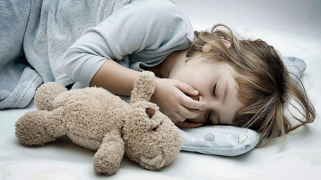 Ребенок сильно скрипит зубами во сне