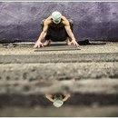 Успех йоги не в способности принимать позы, а в том…