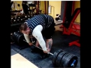 Филипп Обухов тянет 370 кг