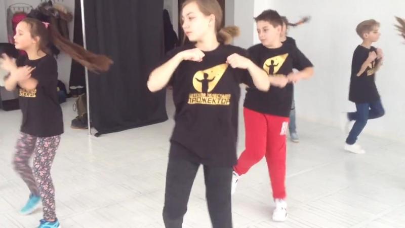 Танец Старшей группы BRUNO MARS