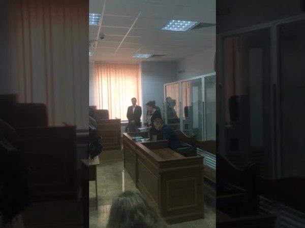 Ко мне в рот лезть не дам. Савченко поддержала позицию своего адвоката | Страна.ua