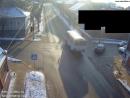 В Серпухове таксист прозевал знак уступи дорогу и попал в ДТП 16 01 18