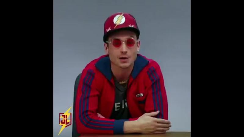 FlashWeek Justice League Ezra Miller The Flash [Bazinga]