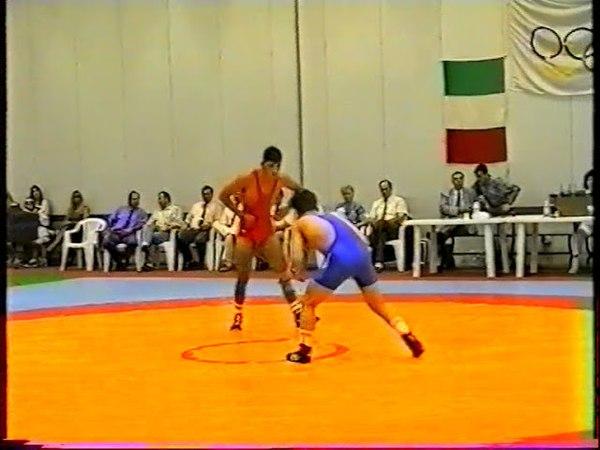 52 kg. Fabio Coshino (Fiame Oro) vs Vlatko Sokolov (Bucim Jaka), Neapol (ITA), 1995