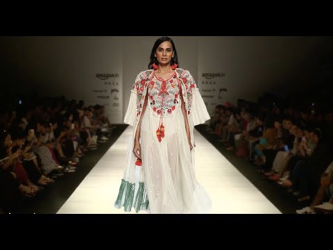 Verb By Pallavi Singhee | Spring/Summer 2018 | India Fashion Week