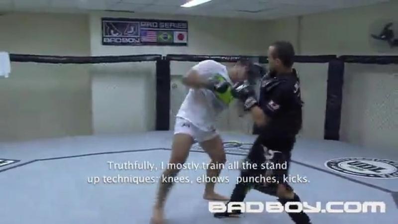 Олдскул Маурисио Руа готовится к бою против Лиото Мачиды [UFC 113] (3)