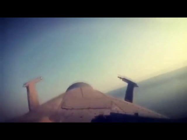 Полёт вертолётаМИ 28Н вдоль береговой линии в сирийской Латакии Видео из кабины пилота