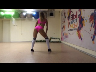 Twerk / Choreo by Shatokhina Tatyana / Порванное платье