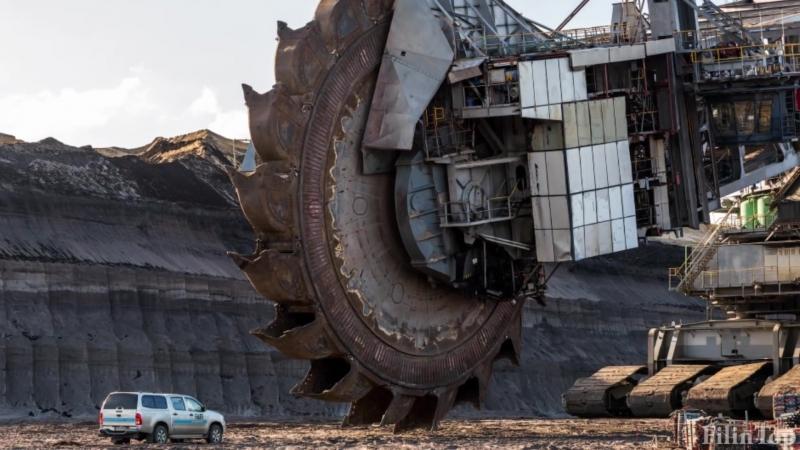 Самый большой в мире Роторный Экскаватор 💪