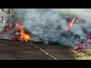 Hawaii Lava 27 May 2018 More pahoehoe lava flow on Luana 8_36 AM
