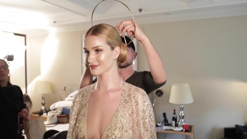Supermodel-BFFs Lily Aldridge and Rosie Huntington-Whiteley Get Ready for the Met Gala _ Vogue