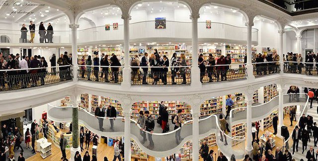 Fantastic Bookstore in Romania / Admont Abbey