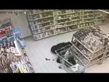 срёт серет в магазине супермаркете тварь понос гавно дерьмо катях