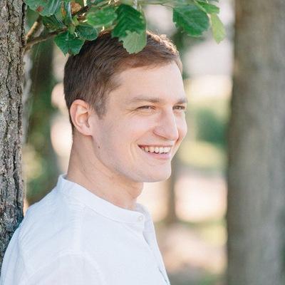 Юрий Кутырев