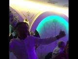 @usykaa и @lomachenkovasiliy ударно отпраздновали 30-летие Василия Ломаченко и до сих пор делятся видео своих танцев
