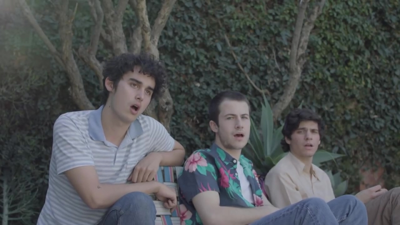 Wallows - Pictures Of Girls