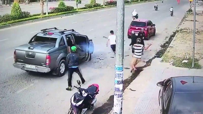 Đồng Nai ~15h30 ngày 01/04/2018: Giang hồ đuổi chém tài xế bị thương...