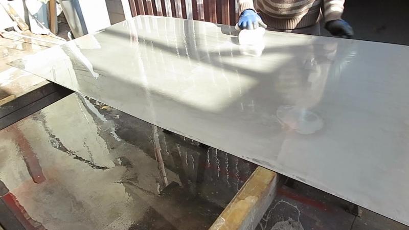 После окончательного смывания dx-COR водой обязательно следует высушить поверхность перед нанесением активатора окисления