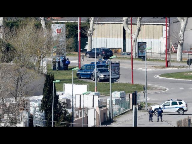 Вести.Ru: Террорист из французского супермаркета отомстил за