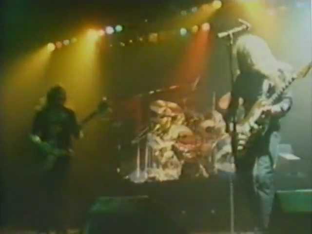 Motörhead - 08 - Train Kept A-Rollin' - live in Nottingham, 1980